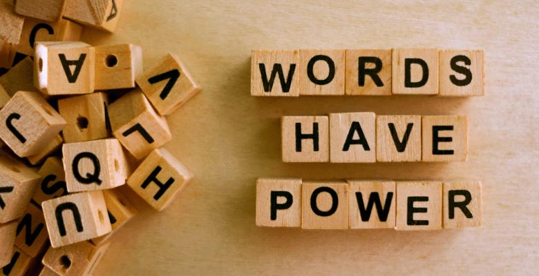 Photo of Popüler Eş Anlamlı İngilizce Kelimeler-10 Kelime